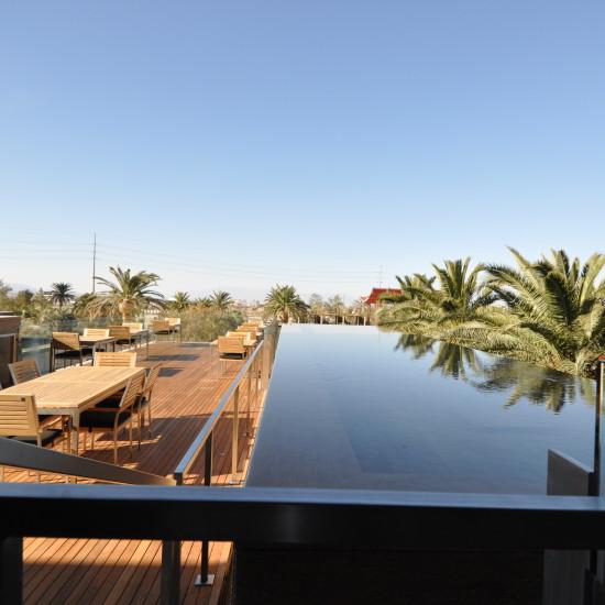 Raised negative edge reflecting pool, M Resort, Las Vegas, NV.